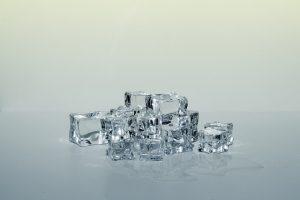 Cuál es la temperatura de un cubito de hielo