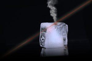 Hielo en Bloques dura mas pero enfria menos